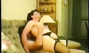 Une vidéo vintage d'une grosse femme à choune poilue