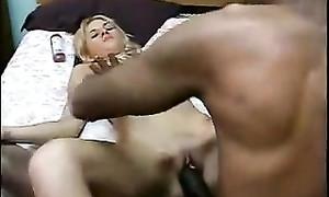 Vidéo de l'adultère: ma femme baise un black